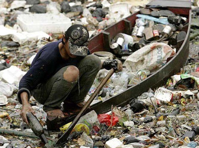 Cel mai poluat rau din lume Cel mai poluat rau din lume 5929131