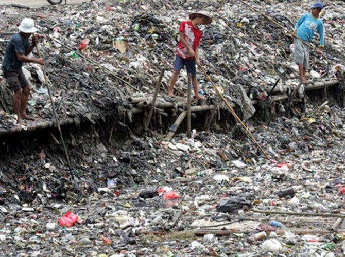 Cel mai poluat rau din lume Cel mai poluat rau din lume 592915