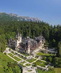 Castelul Peles - cea mai cunoscuta resedinta regala din Romania Workshop 1 – Centre of the country: Braşov – Bran – Râşnov – Prahova Valley Workshop 1 – Centre of the country: Braşov – Bran – Râşnov – Prahova Valley peles1