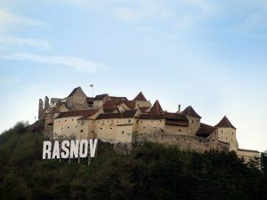 Cetatea Rasnov – una dintre cele mai bine pastrate cetati taranesti din Transilvania Workshop 1 – Centre of the country: Braşov – Bran – Râşnov – Prahova Valley Workshop 1 – Centre of the country: Braşov – Bran – Râşnov – Prahova Valley rasnov 300x225